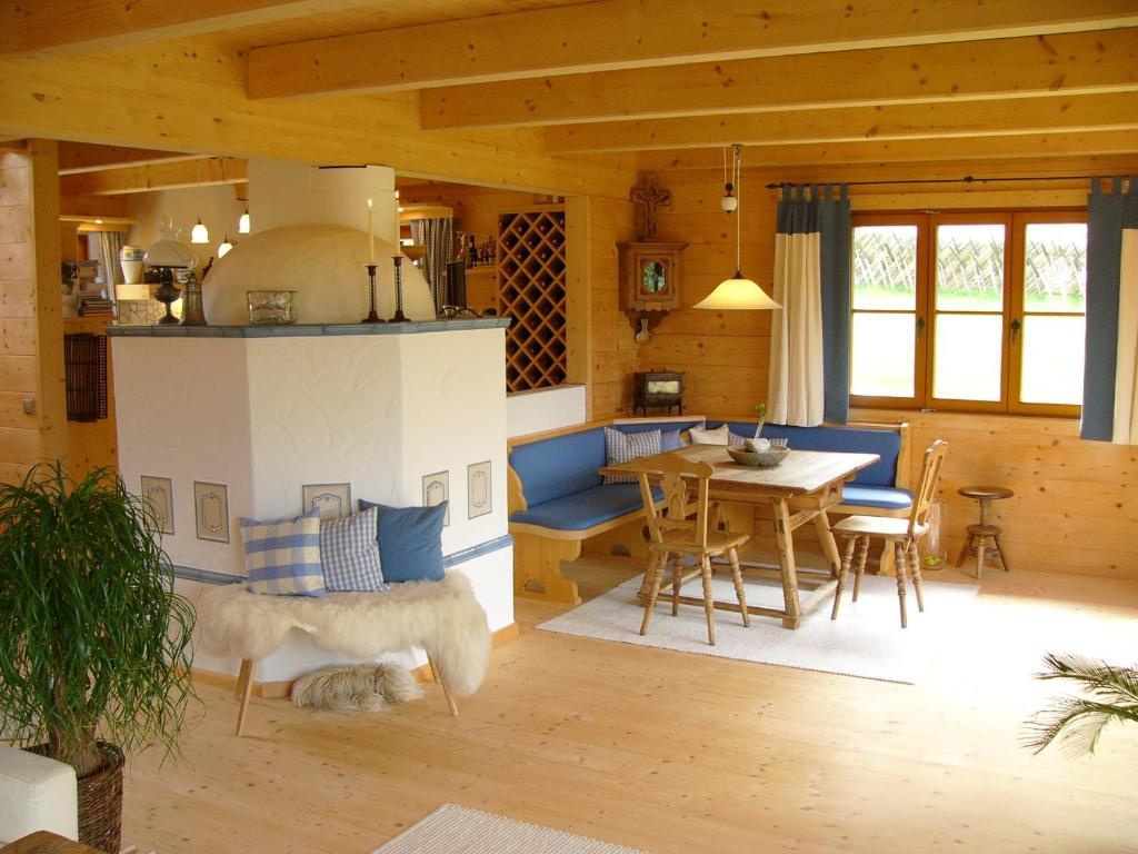 Ferienhaus Dietrich (Österreich Haus im Ennstal) - Booking.com