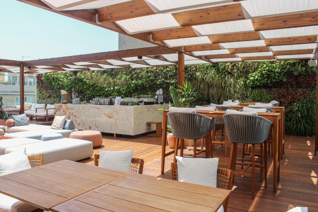 Un restaurante o sitio para comer en Lux Lisboa Park
