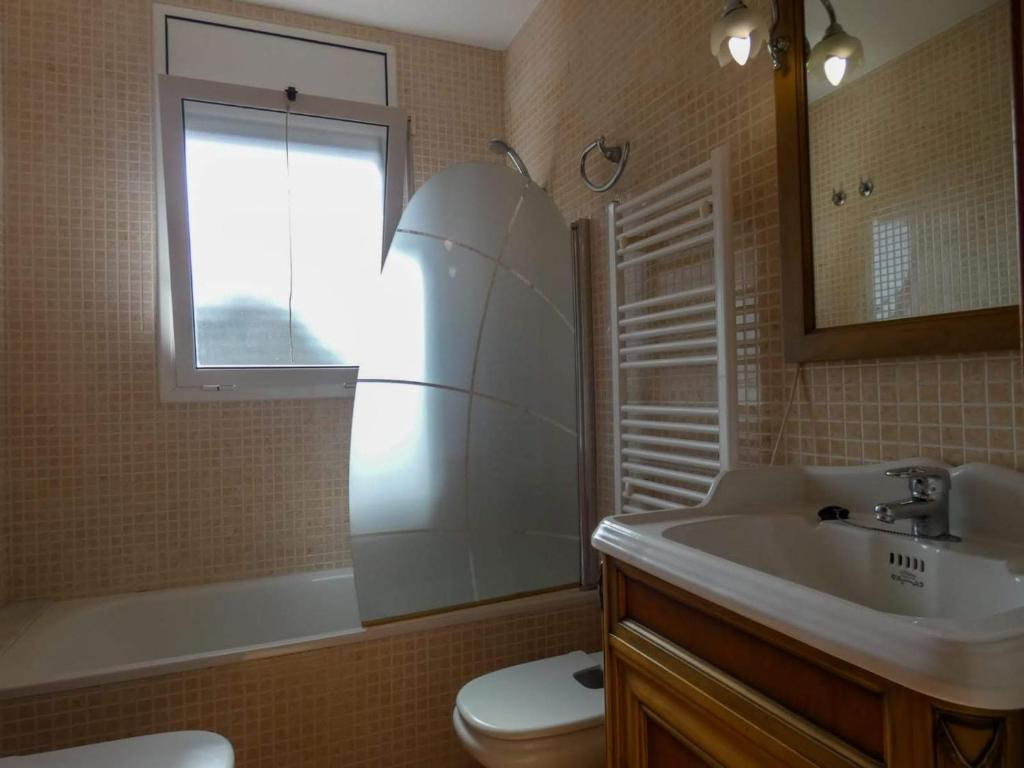 Beethoven Villa Next to Sitges, Canyelles – Prezzi ...