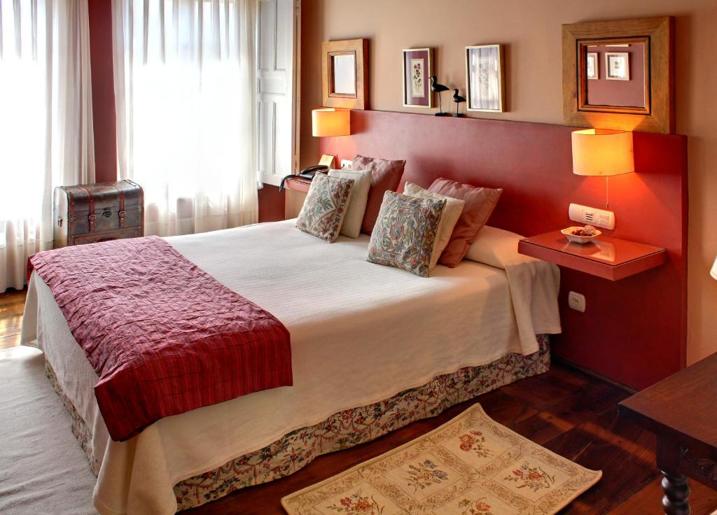 boutique hotels in colunga  17