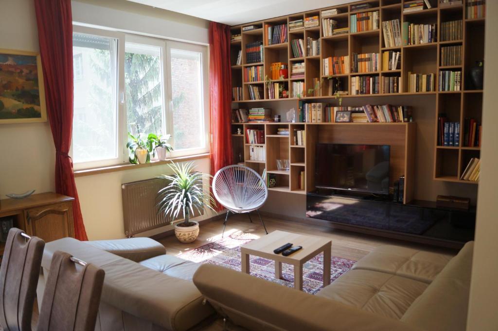 Biblioteka apartamente