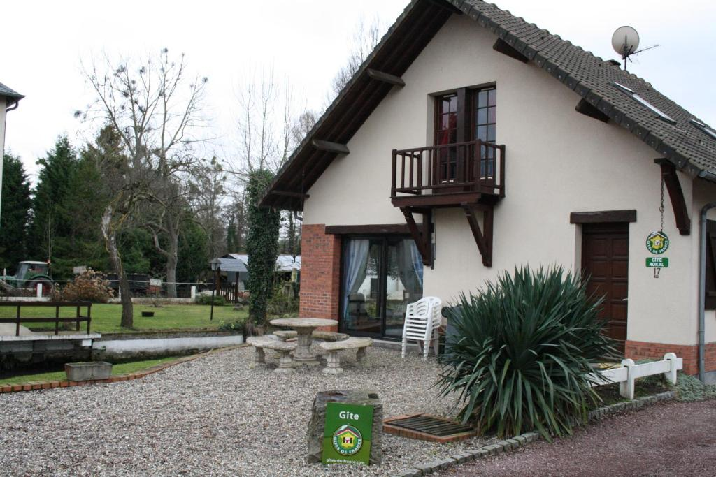Bed And Breakfast Chambres D Hotes Du Vieux Moulin Oust Marais