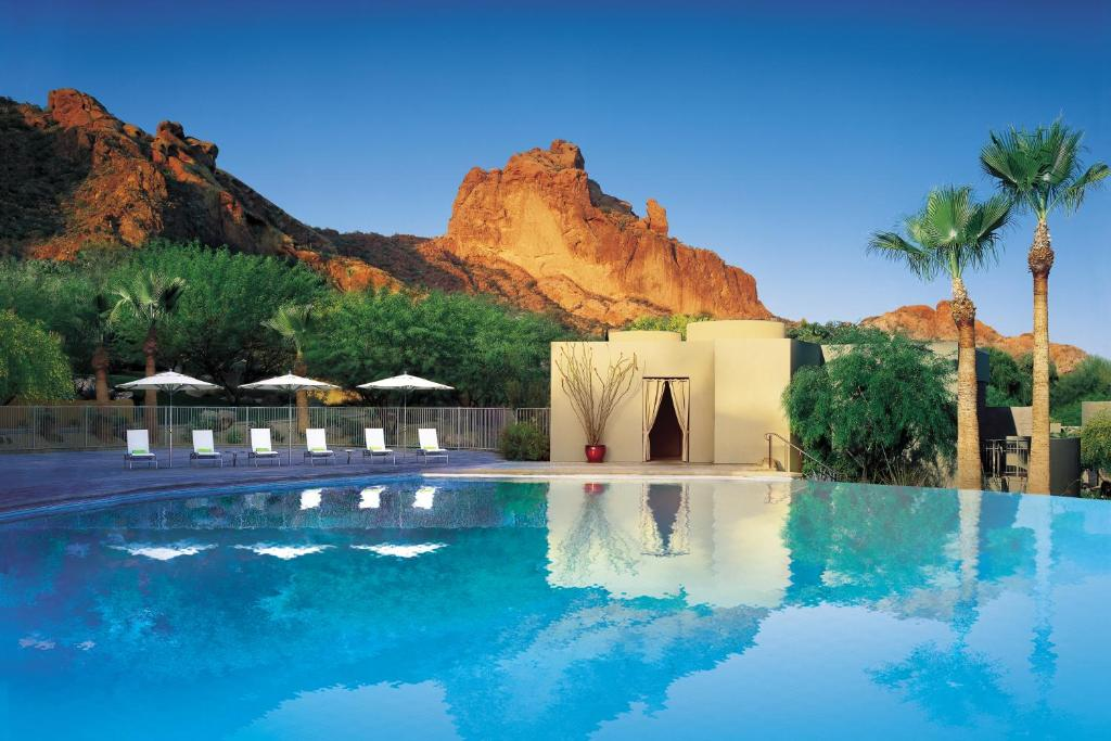 The swimming pool at or near Sanctuary Camelback Mountain