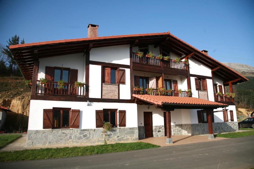 Casa de Campo Landagarre (Espanha Azcoitia) - Booking.com