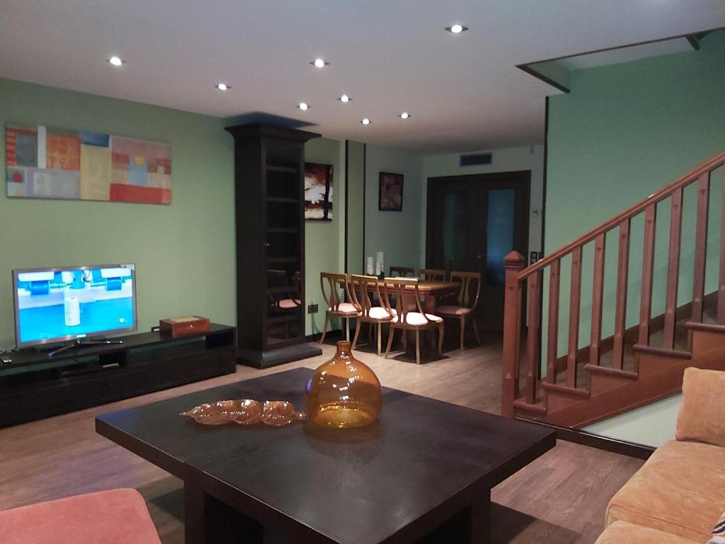 Casa Alhambra al lado de Warner-Madrid, Pinto – Updated ...