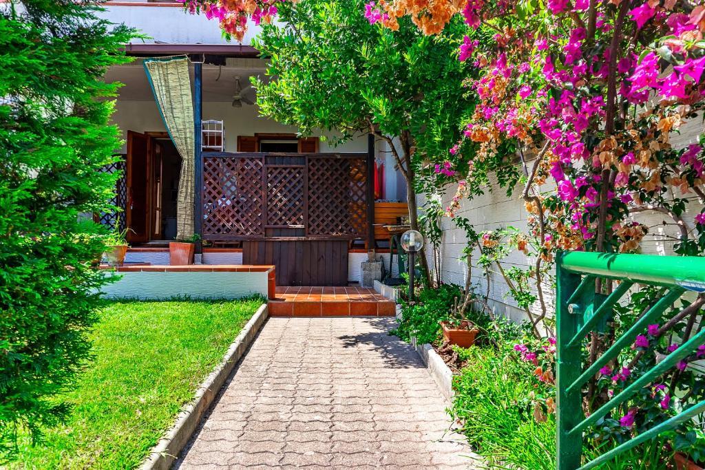 Villa Gina (Itália Sant'Andrea) - Booking.com