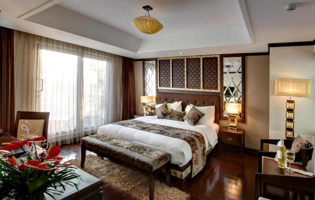 Golden Lotus Luxury Hotel Hanoi Vietnam Booking Com