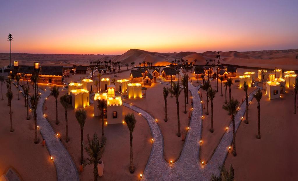 Arabian nights village al khaznah uae for Arabian hotel