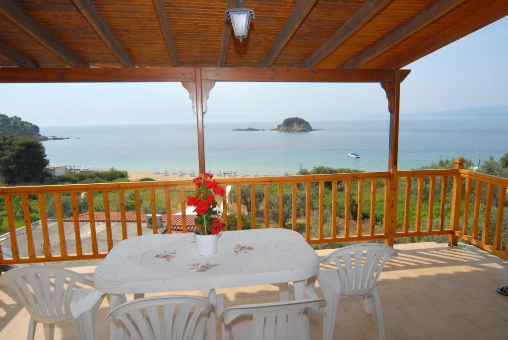 Hotels in Zacharo for families with children all-inclusive 5 star
