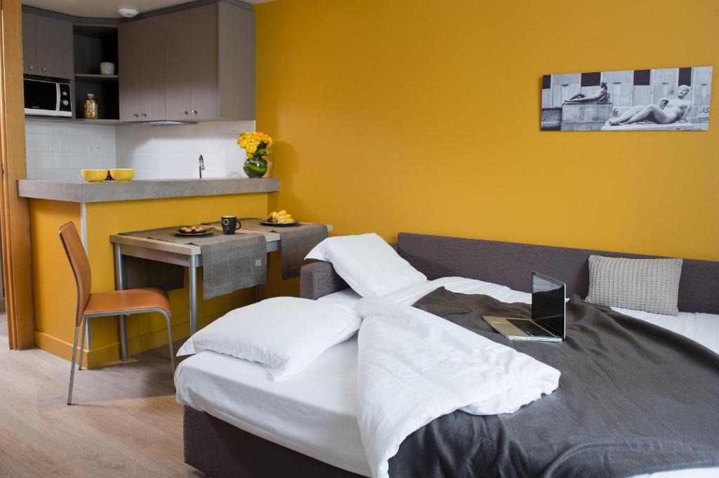 aparthotel adagio paris xv france. Black Bedroom Furniture Sets. Home Design Ideas