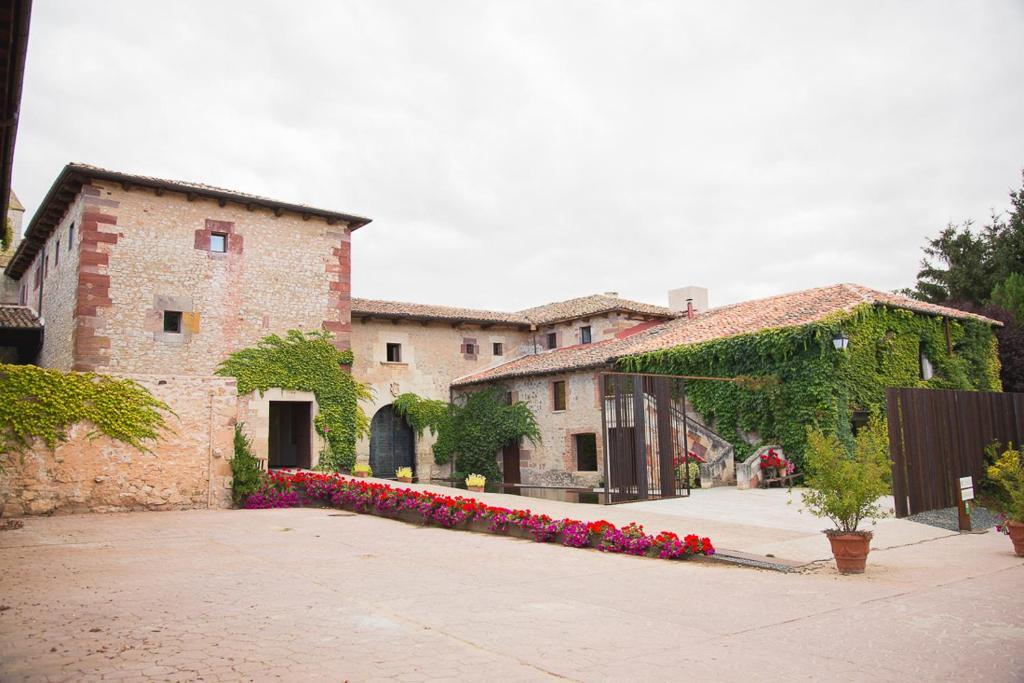 boutique hotels in santa maría de mave  1