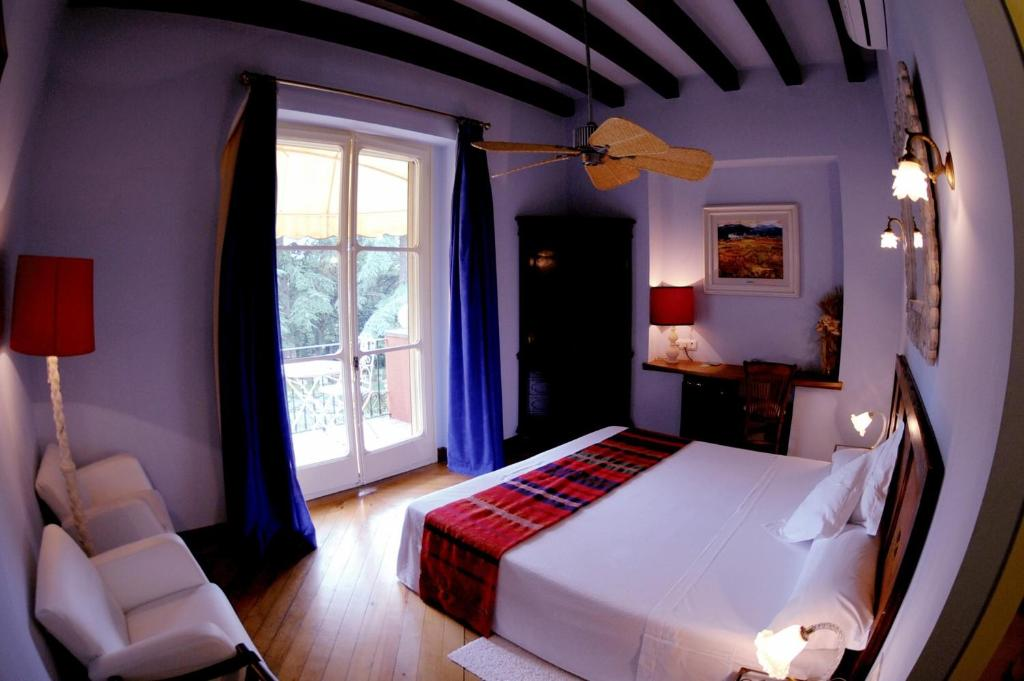 boutique hotels sant julia de vilatorta  32