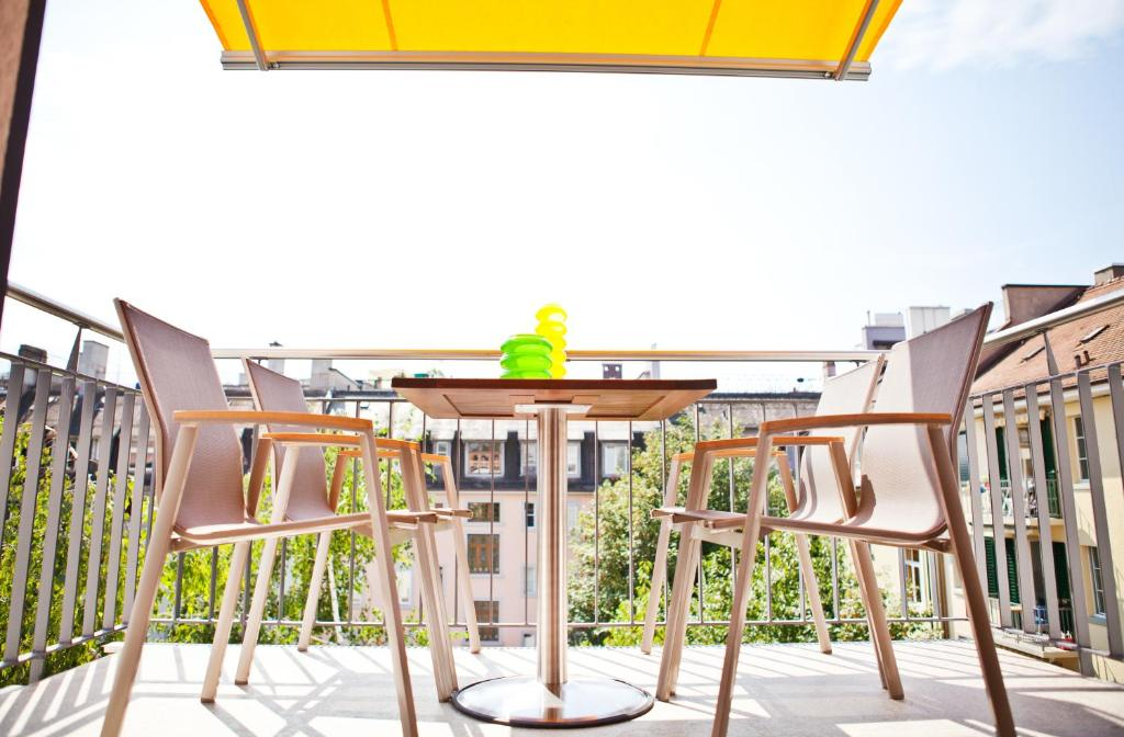 premium apartments zurich switzerland booking com rh booking com