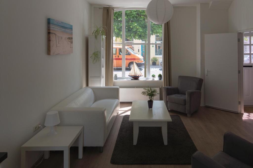 De Eetkamer Middelburg : Vacation home de babbelaar middelburg netherlands booking