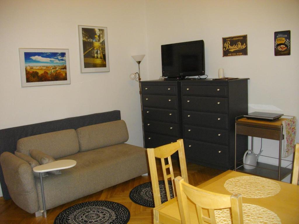 Een zitgedeelte bij Apartman7