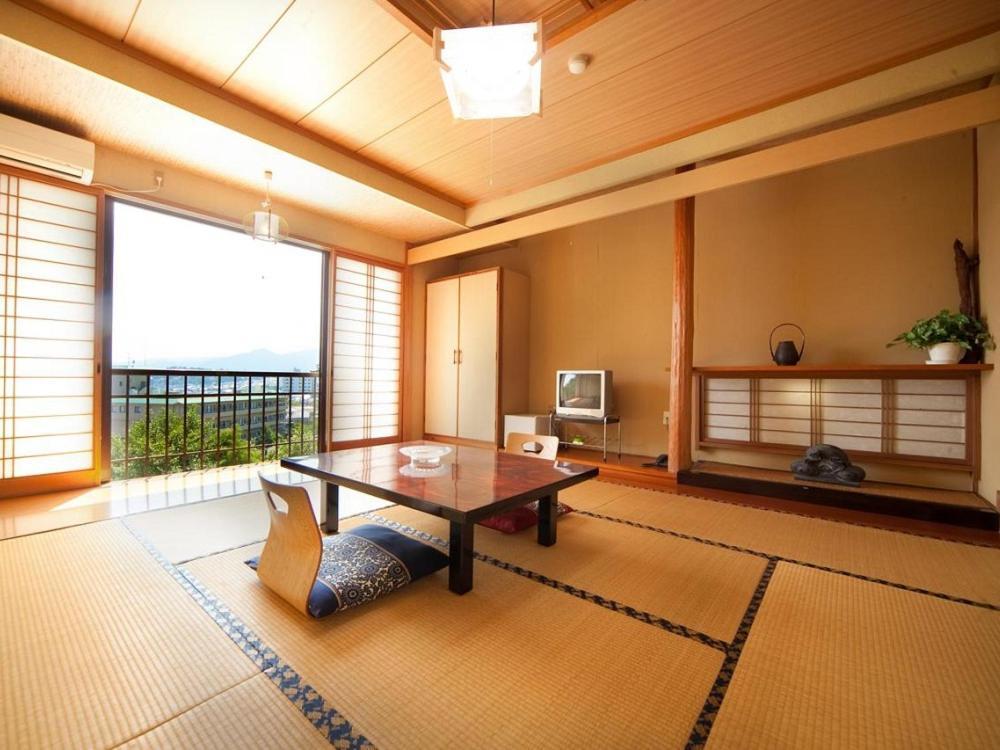 ポイント3.畳で寛ぐ旅館らしい和室