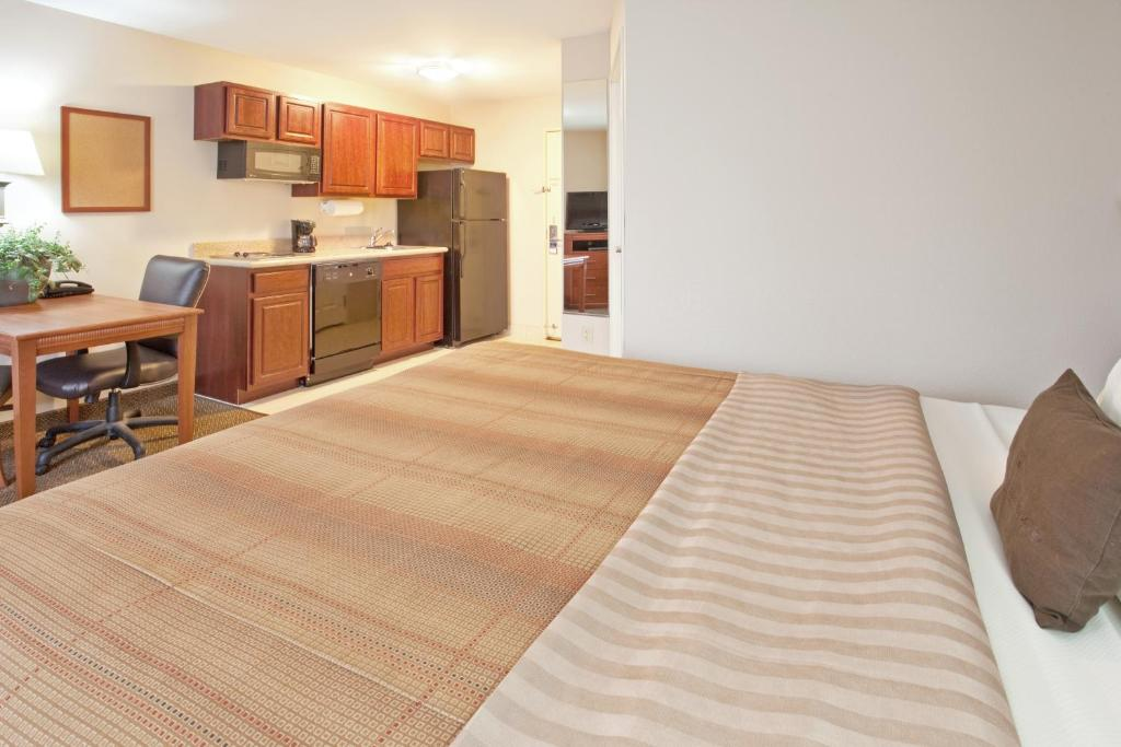A room at the Candlewood Suites South Bend Airport.
