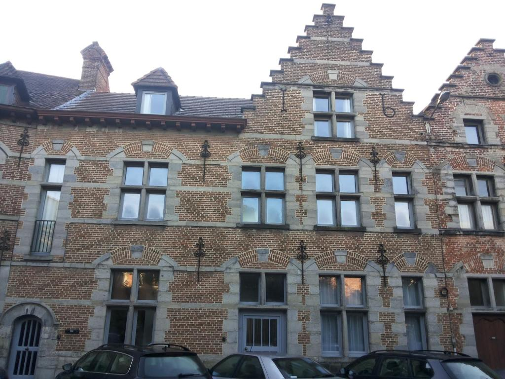 Apartments In Brun Culot Hainaut Province