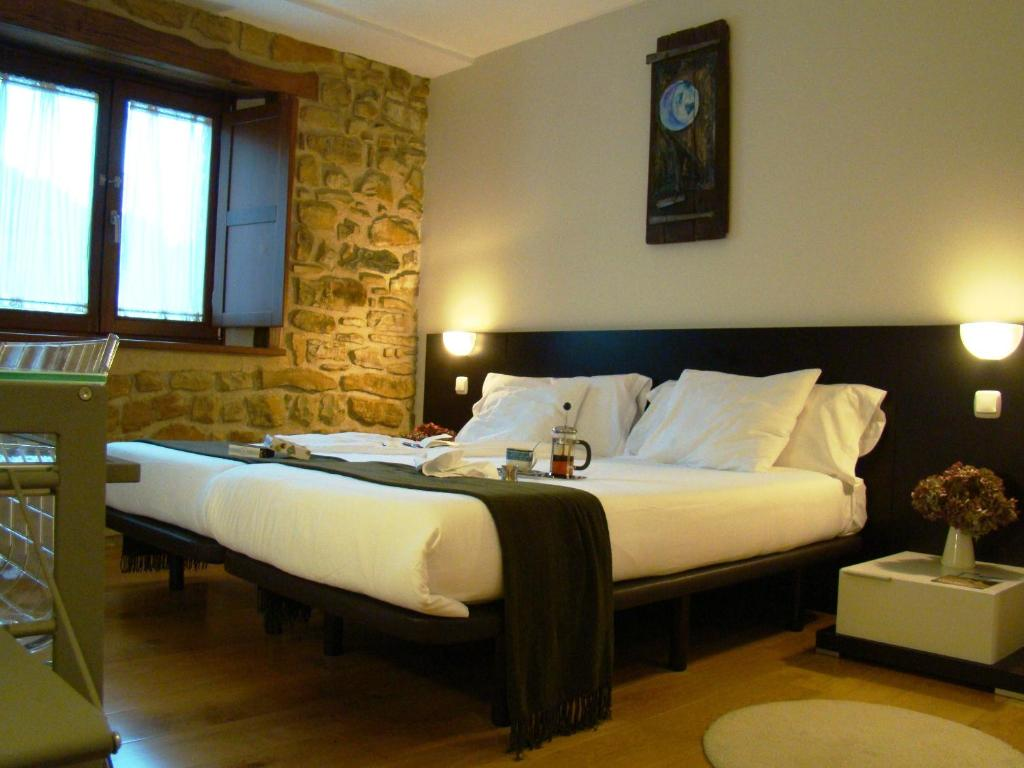 boutique hotels in muxika  16