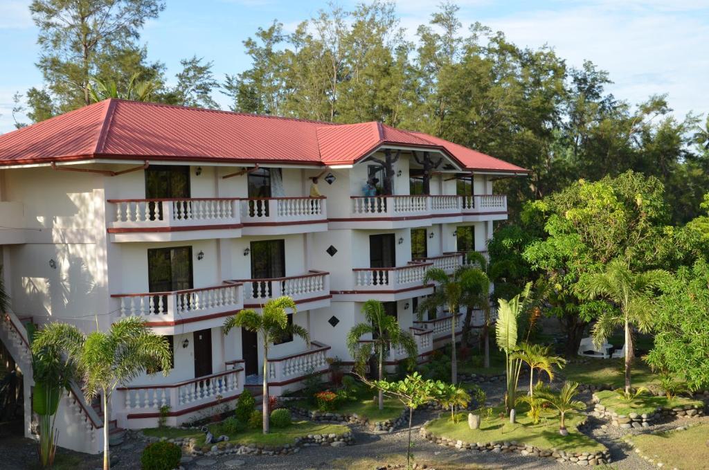 where to stay in sta cruz zambales