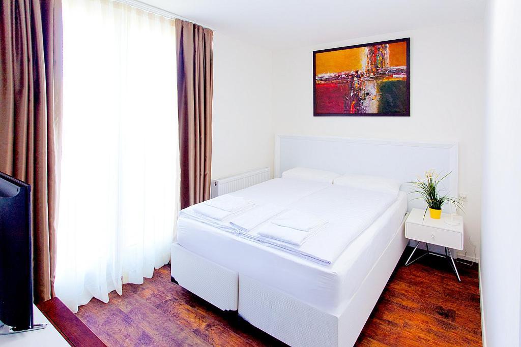 apartment living down town albis zurich switzerland booking com rh booking com