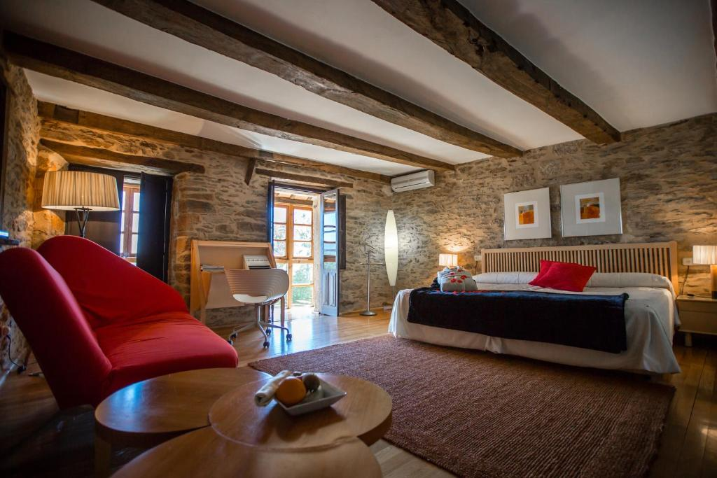 boutique hotels in zamora  44