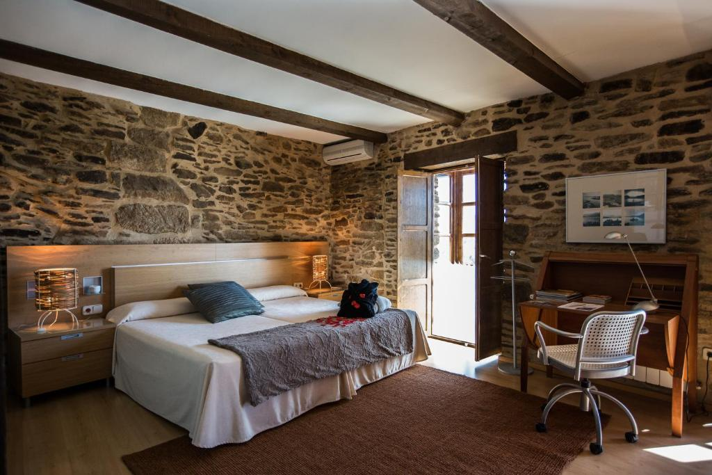 boutique hotels in zamora  14