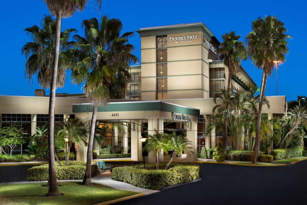 DoubleTree By Hilton Palm Beach Gardens