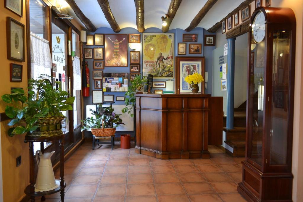 Guesthouse Hostal Santa Agueda Tarazona De Aragon Spain Booking Com