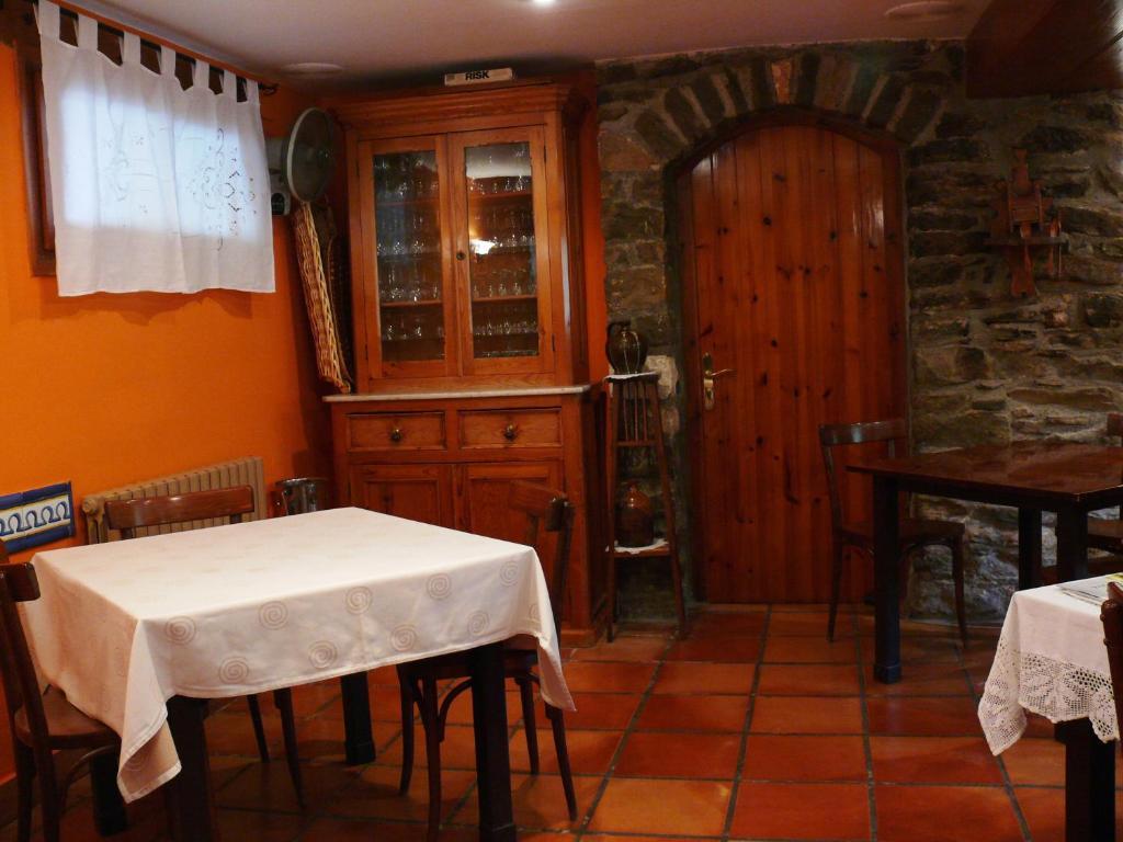 Casa rural la choca espa a lecina - Casa rural la reserva ...