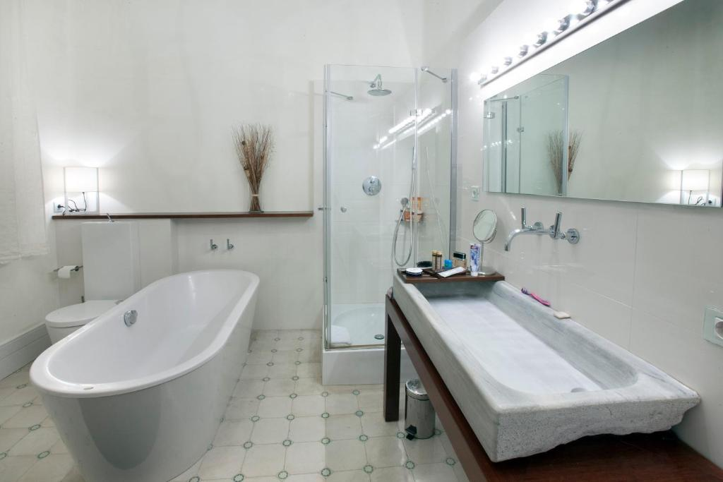 boutique hotels barcelona  240