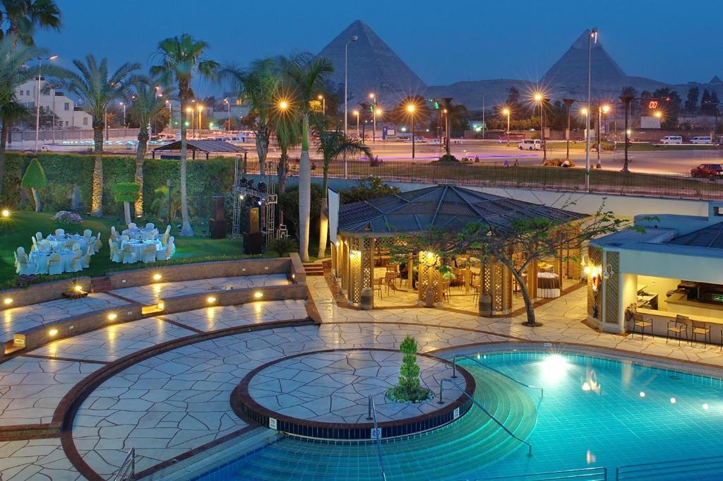 Hotel mercure cairo le sphinx egypt for Le jardin hotel mercure