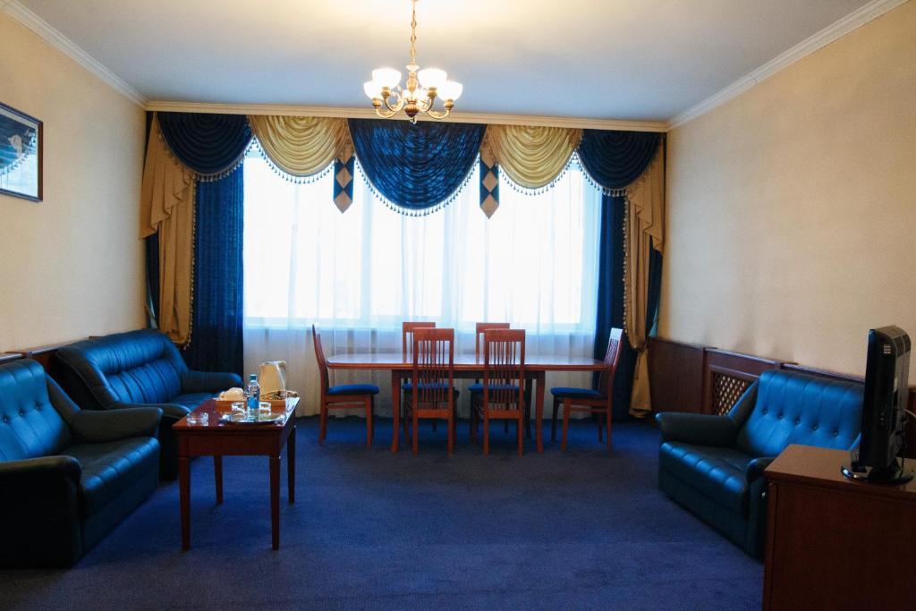 Гостиная зона в Отель Феникс