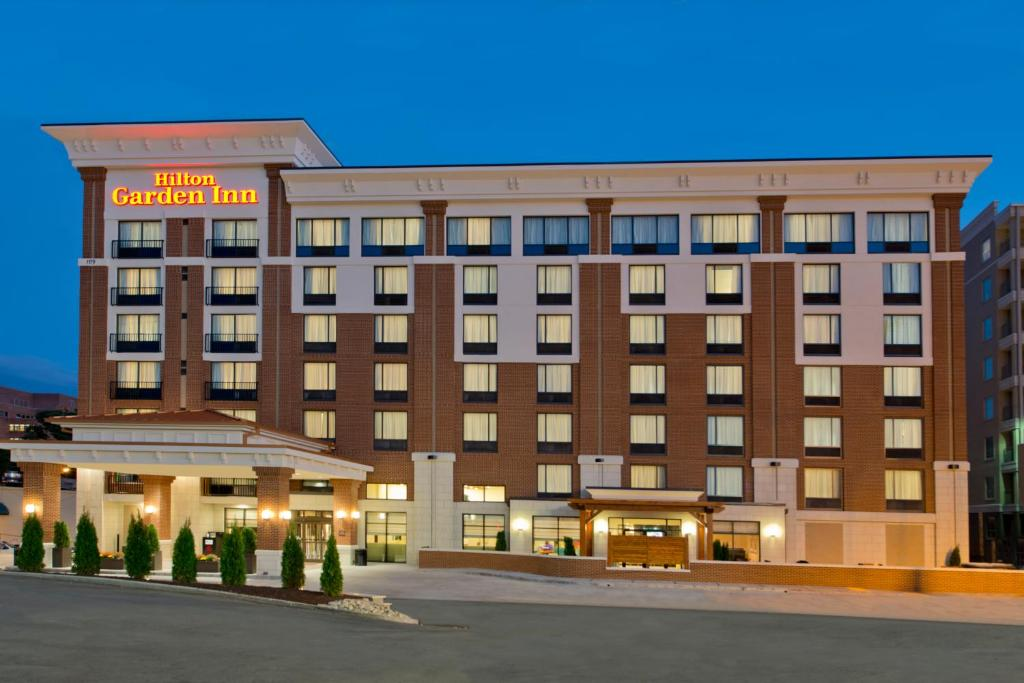 Hilton Garden Inn Knoxville/University Reserve Now. Gallery Image Of This  Property ...