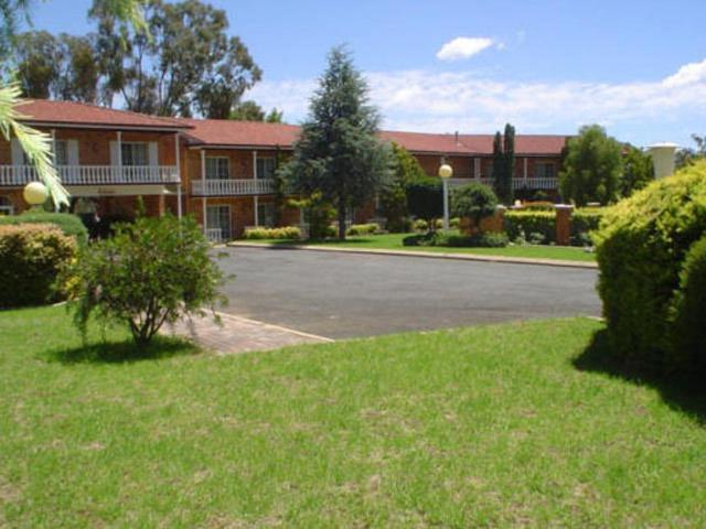 Coachmans Rest Motor Lodge