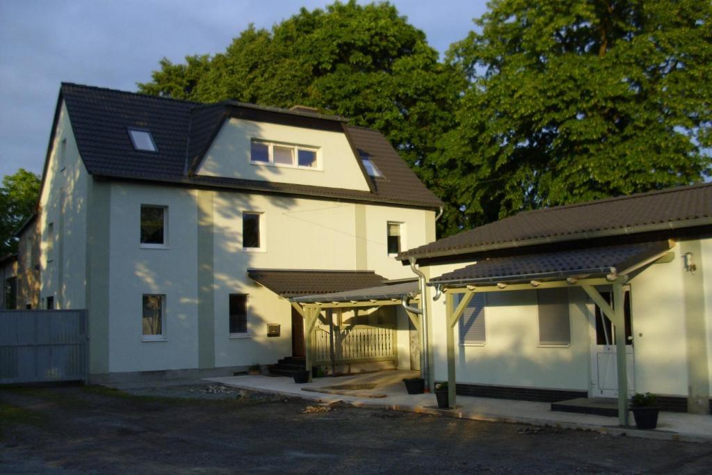 Hôtel proche : Ferienwohnungsvermietung Leitel