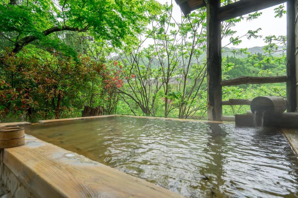 ポイント2.気兼ねなく入れる天然温泉