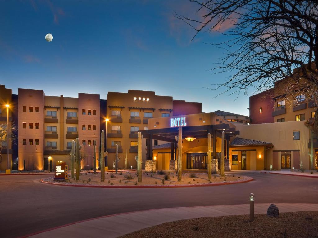 Hotel Desert Diamond Casino Tucson Az Booking Com