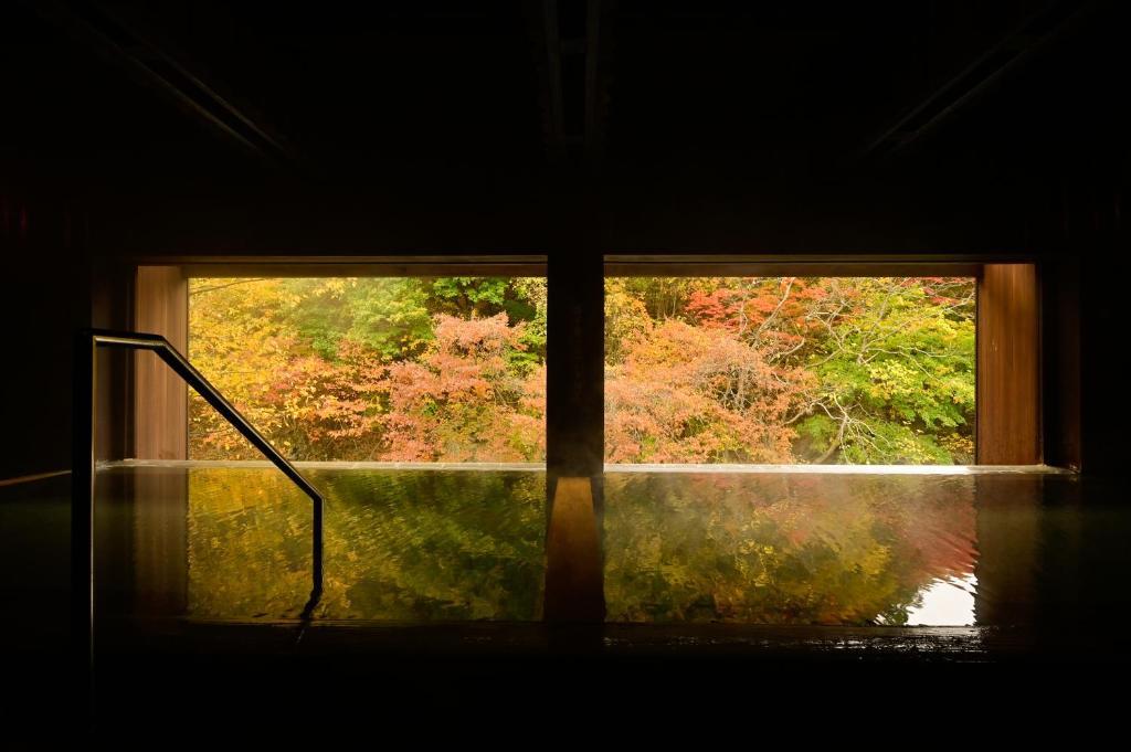 ポイント1.日本三大美人の湯で温まる