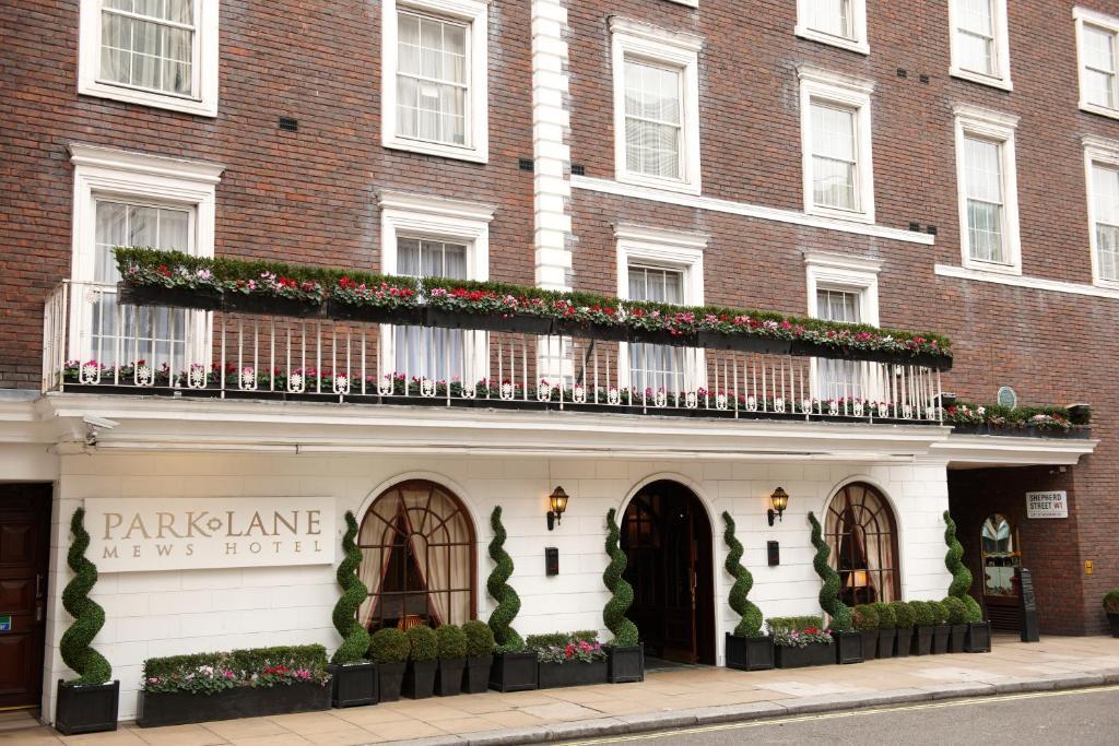 park lane mews hotel london uk. Black Bedroom Furniture Sets. Home Design Ideas