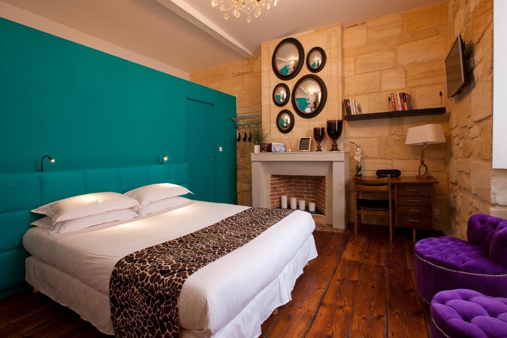 Chambre bordeau hotel campanile bordeaux est artigues suite chambre beige chambre les - Couleur bordeau en anglais ...