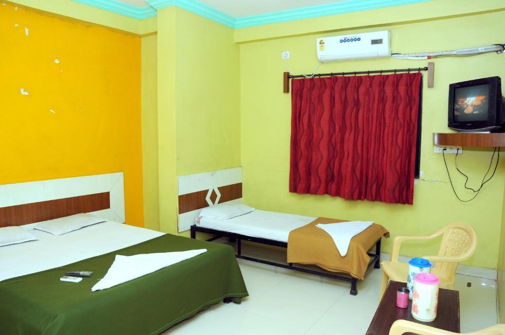 Hotel Sai Darshan Shirdi India Booking Com