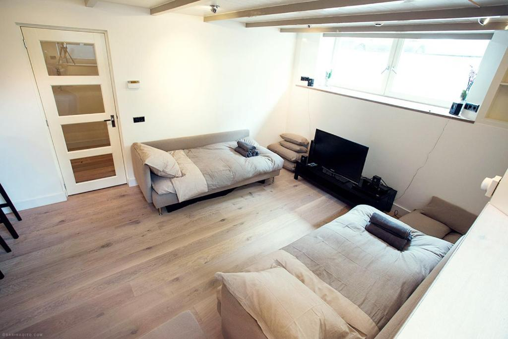 One Bedroom Apartment, Amsterdam, Netherlands - Booking.com