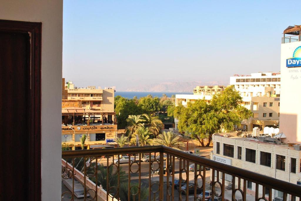 Иордания! Возможность посмотреть достопримечательности Израиля, Мертвое море, Петру!