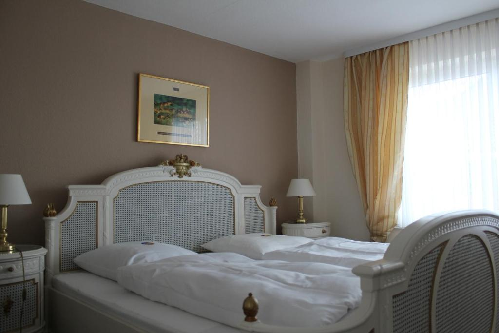Elbhotel Bleckede, Germany - Booking.com