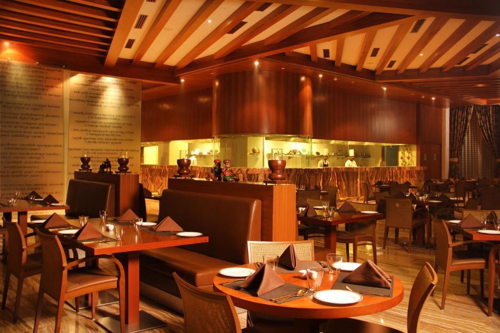 Radisson Blu Hotel New Delhi Dwarka, India - Booking com