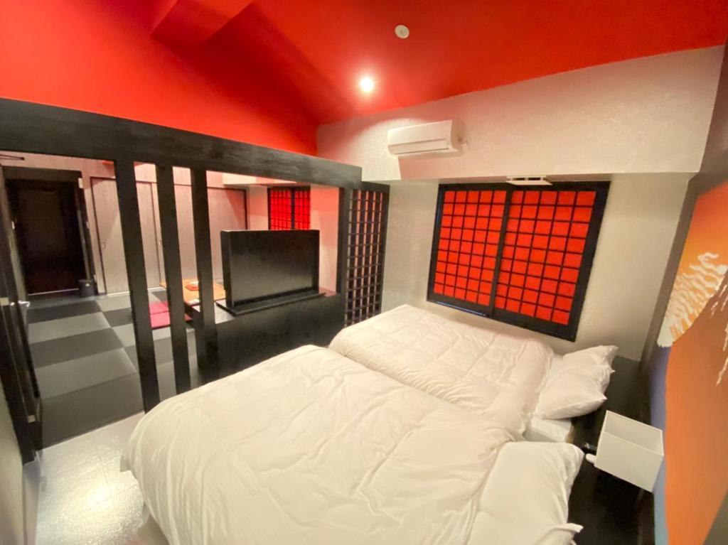 ポイント3.個性豊かな全14室の客室