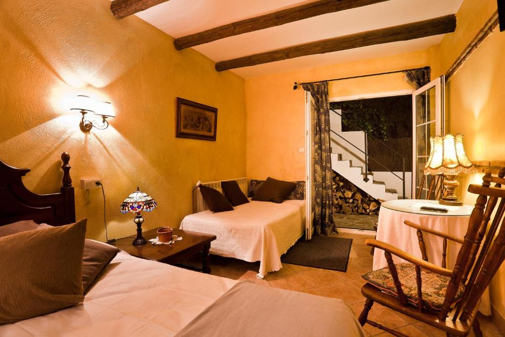 boutique hotels la zubia  10