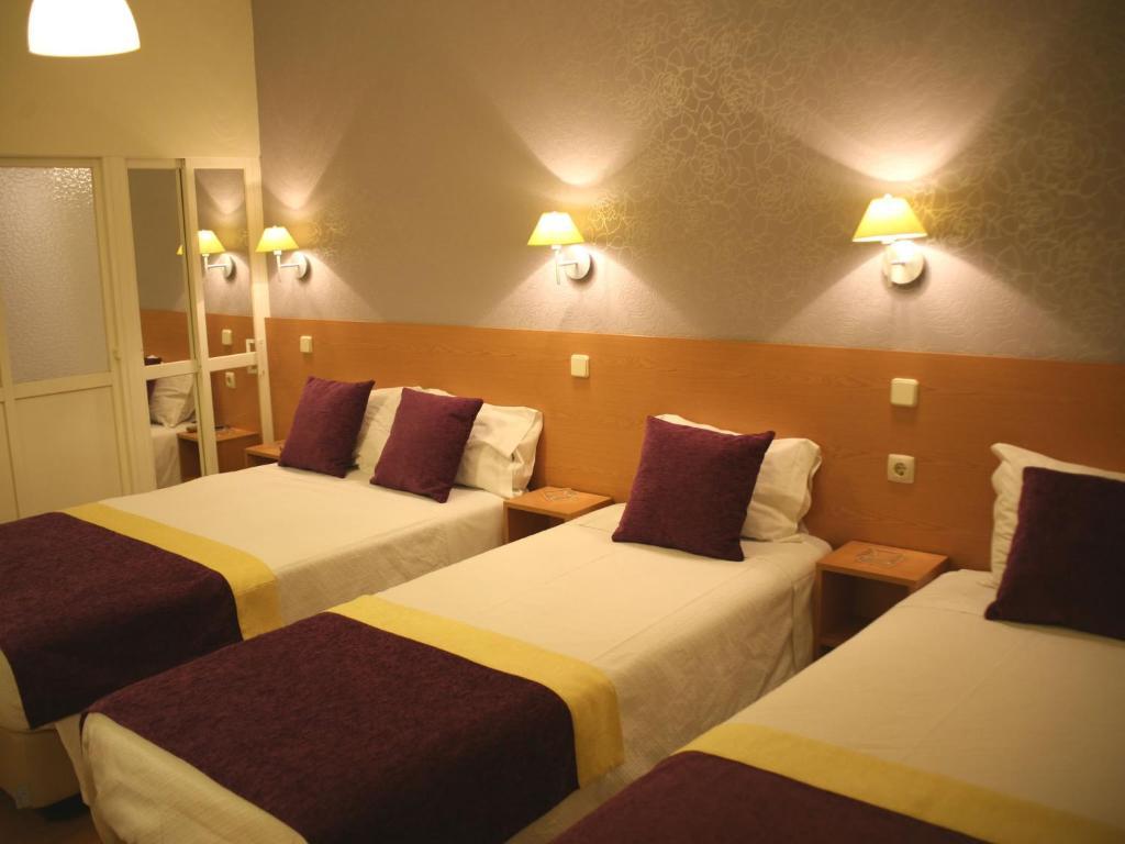 Guesthouse estrela dos anjos lisbon portugal for Design hotel lisbona