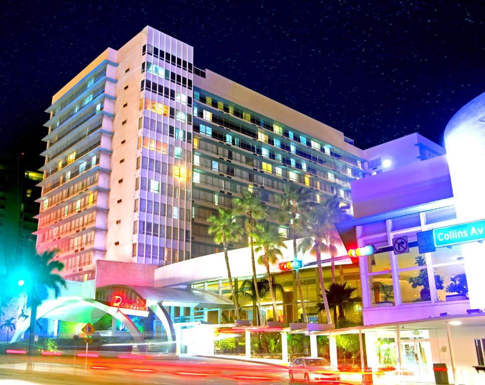 Hotel Deauville Beach Resort Miami Booking